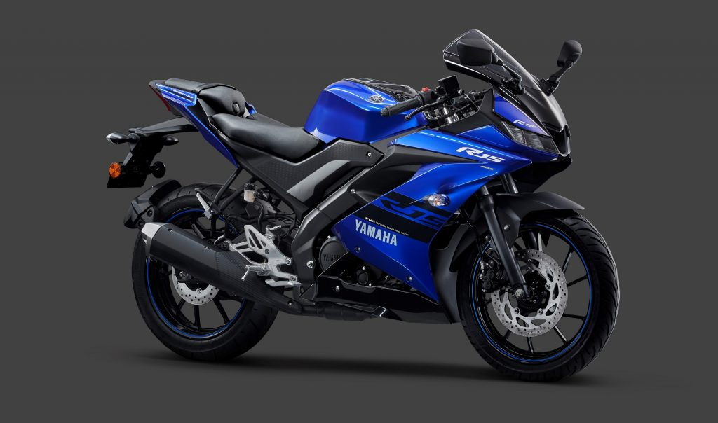 yamha r15 blue