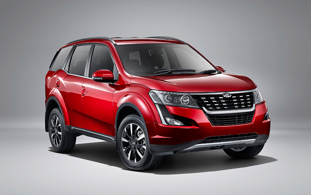 New Mahindra XUV500 W3 Variant Launched in India