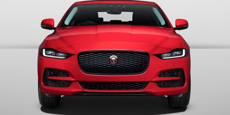 jaguar xe 2020 model launched in india at rs 44.98 lacs