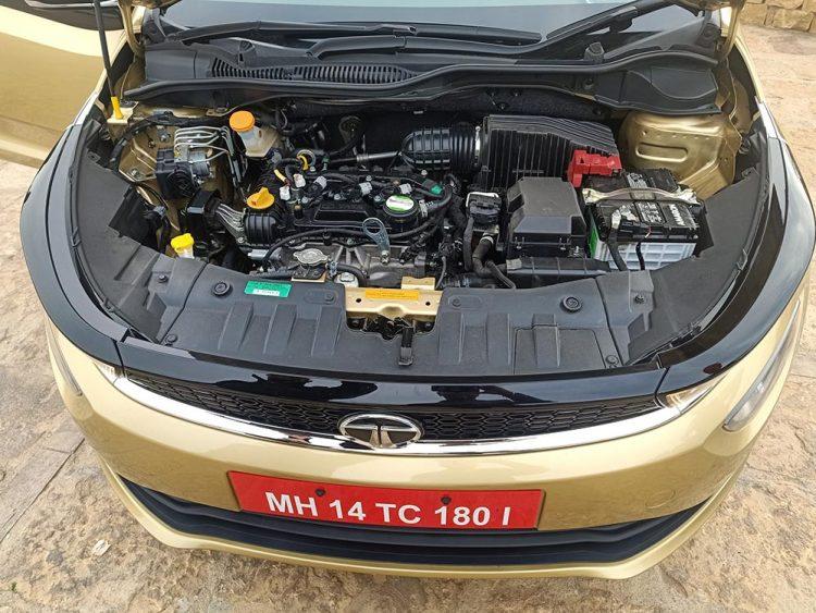 Tata-Altroz-Engine-Petrol-BS6-Diesel-BS6 - GaadiKey