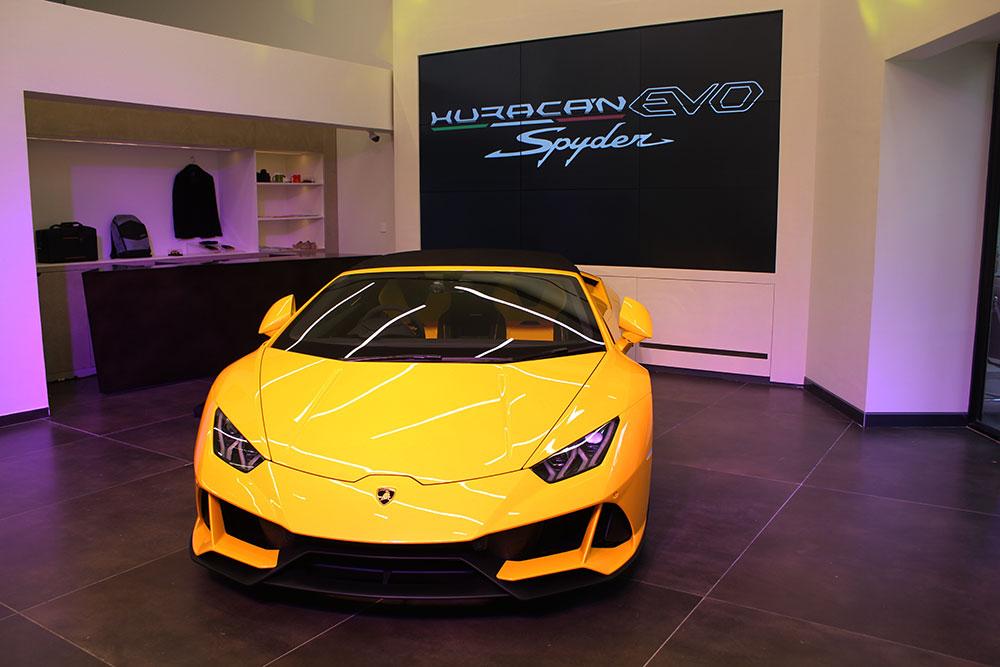Lamborghini Hurucan EVO Spyder - Lamborghini Bengaluru