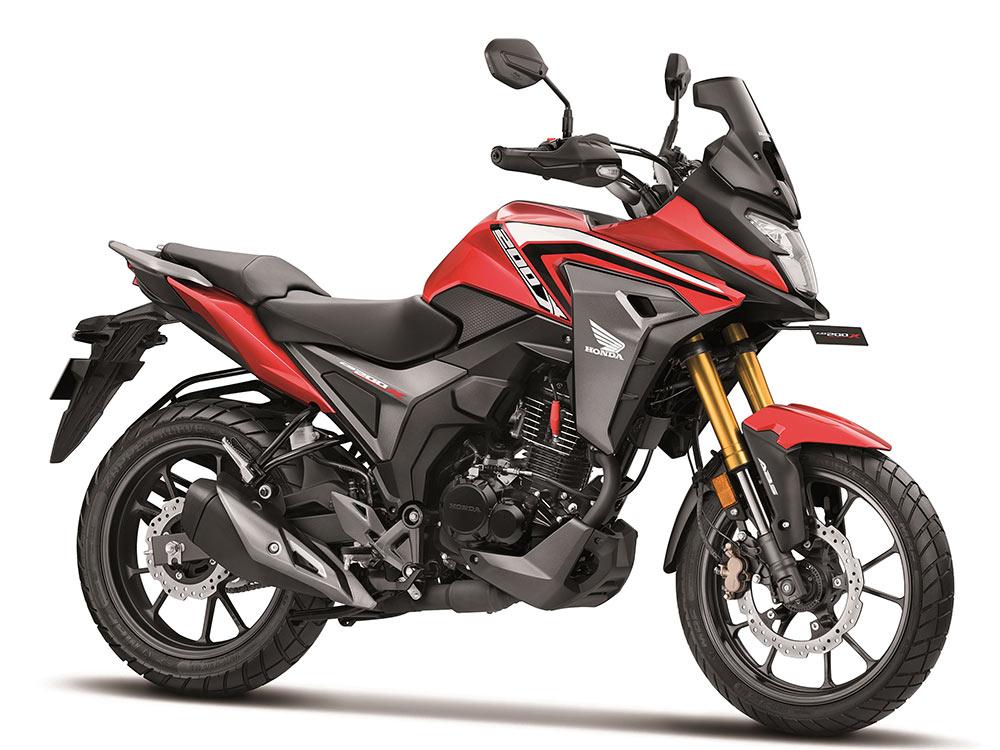 New Honda CB200X Red color option. 2021 Honda CB200X Sports Red color variant